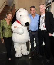 Photo of Jeannie Shulz, Snoopy, Andy Cohen, and Craig Schulz by Angela Young
