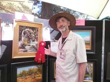 Photo of plein air artist Tom Kitts by Angela Young